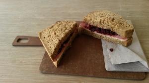 Australian sandwich, Juice & Salad