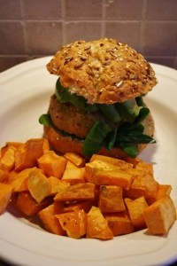 Recipe: Chickpea burger with roasted sweet potato